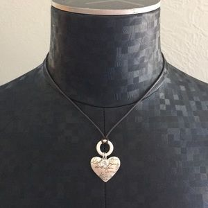 Heart and stone leather necklace